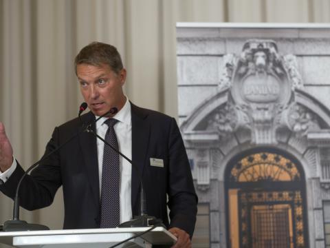 Yves de Montmollin, Banque privée Bonhôte : Lausanne, Neuchâtel, Genève, Bienne, Berne